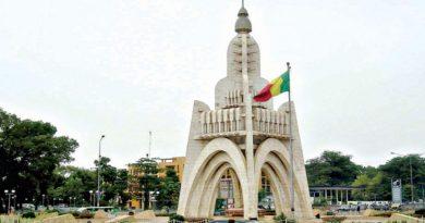 Présidentielle au Mali : la candidature problématique de Boubou Cissé